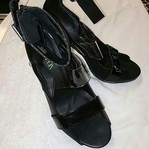 Sale!!!🎈Paper fox heels (Jakayla)